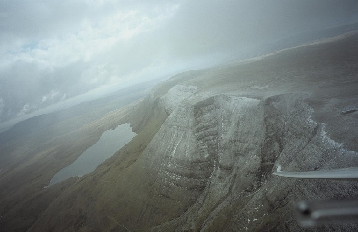 March 2006: Gliding over the Brecon Beacons