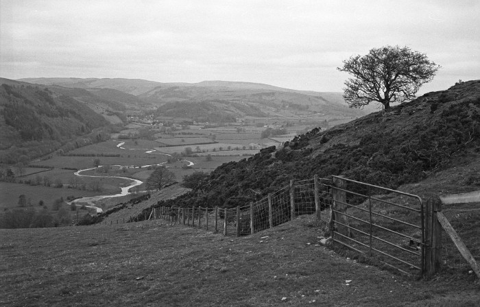 April 2006: View of Knucklas from Offa's Dyke Path